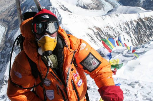 high-altitude mountaineering hacks, free range american, Olof Sundstrom on the summit of Mount Everest in May 2006. Photo by Olof Sundstrom via Wikipedia Commons.